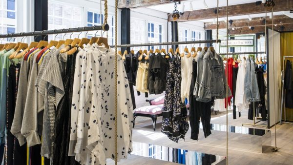 How to Become a Pro Shopper
